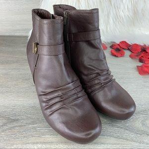 """Baretraps """"Camren"""" Leather Ankle Boots Sz 11M"""